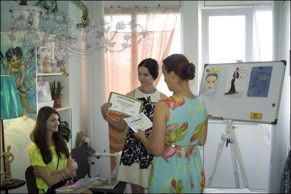 Защита дипломов Fashion-иллюстрация